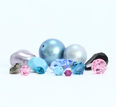 Preciosa Perlen, Anhänger & Steine