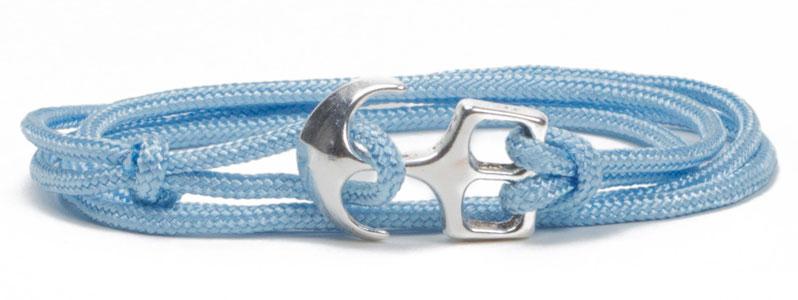 DIY Anleitung für ein selbstgemachtes Wickelarmband aus Segelseil in hellblau